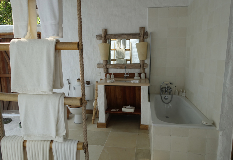 2nd Bathroom, Soneva Fushi 2 Bedroom Crusoe Villa