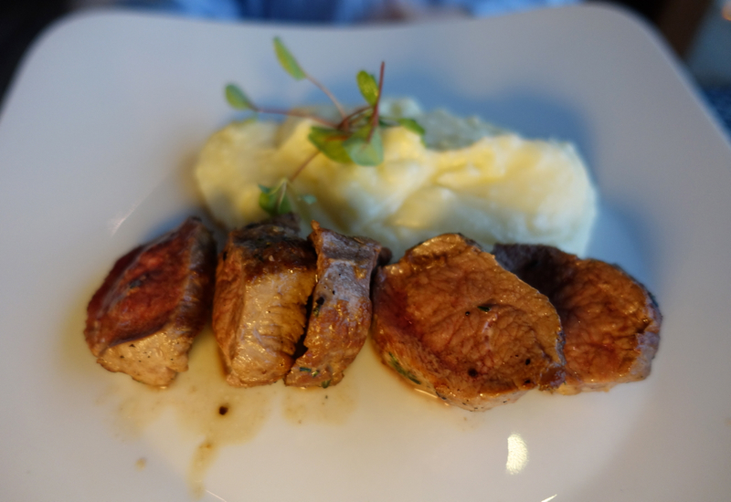 Beef Tenderloin with Mashed Potatoes, Mandhoo Restaurant, Conrad Maldives