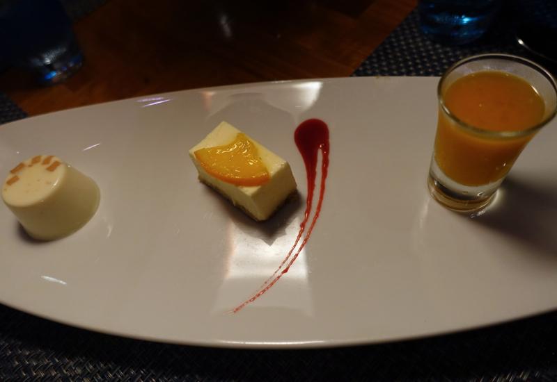 Disappointing: Organic Cheesecake and Panna Cotta at Mandhoo Restaurant, Conrad Maldives