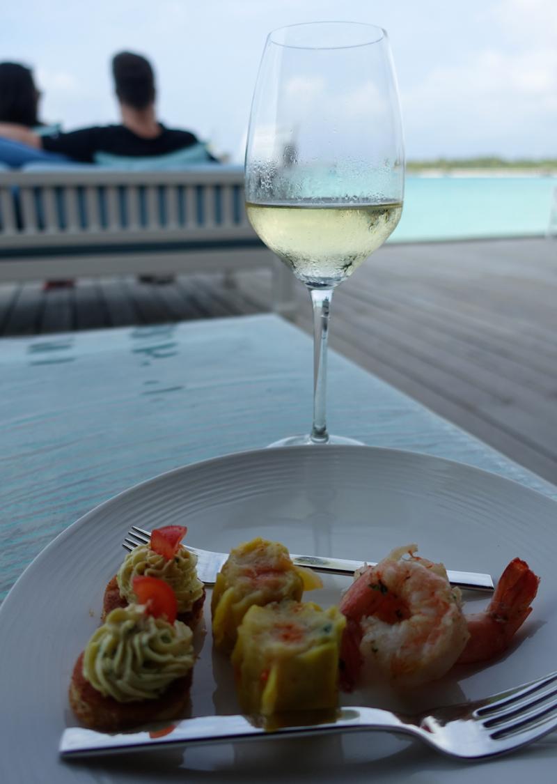 Happy Hour at Vilu, Conrad Maldives