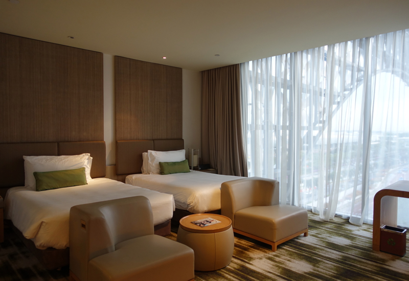 Crowne Plaza Singapore Changi Airport Hotel Review-Club Room