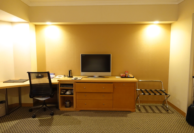Review-Hilton Tokyo Narita Airport Hotel-Work Desk and Flat Screen TV