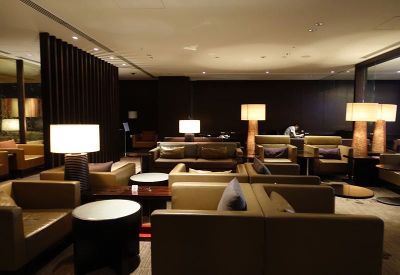 Review-JAL First Class Lounge Tokyo Narita-Seating