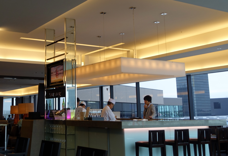JAL First Class Lounge Sushi Bar-Best First Class Lounges