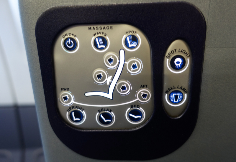 Review-Air Berlin A330 Business Class-Seat Controls