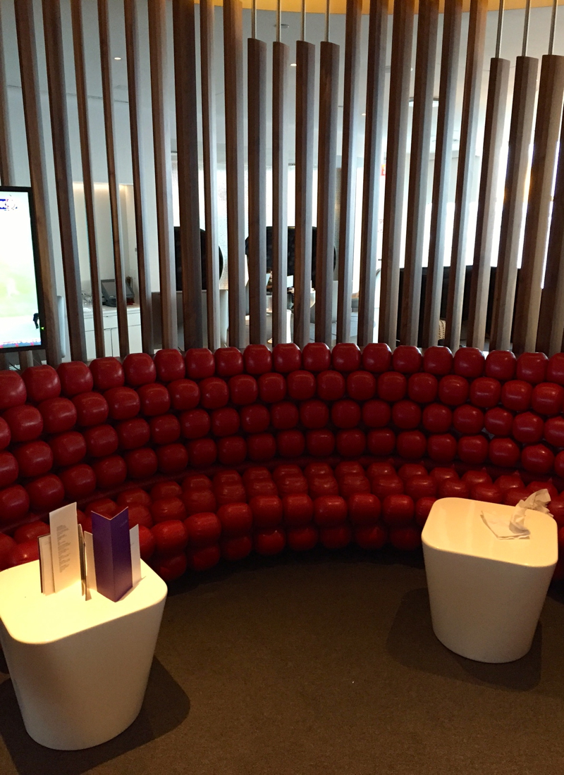 Review-Virgin Atlantic Clubhouse NYC JFK Airport-Red Bubble Sofa