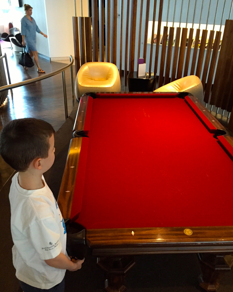 Review-Virgin Atlantic Clubhouse NYC JFK Airport-Billiards-Pool Table