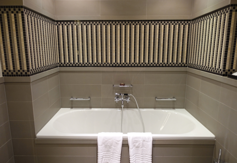 Bathtub, Rocco Forte Hotel de Rome, Berlin
