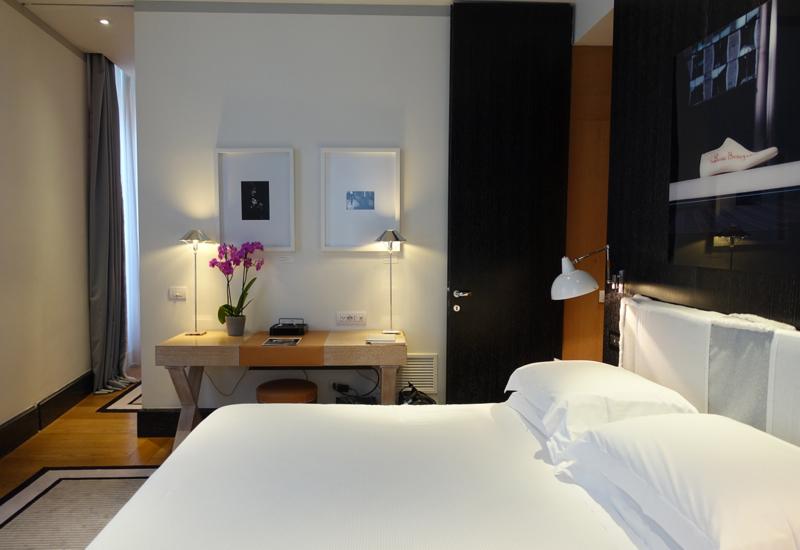 Review: Portrait Roma Junior Suite Bedroom