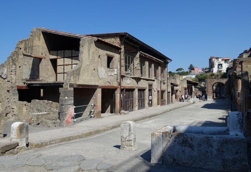 Two Story Buildings, Herculaneum Street