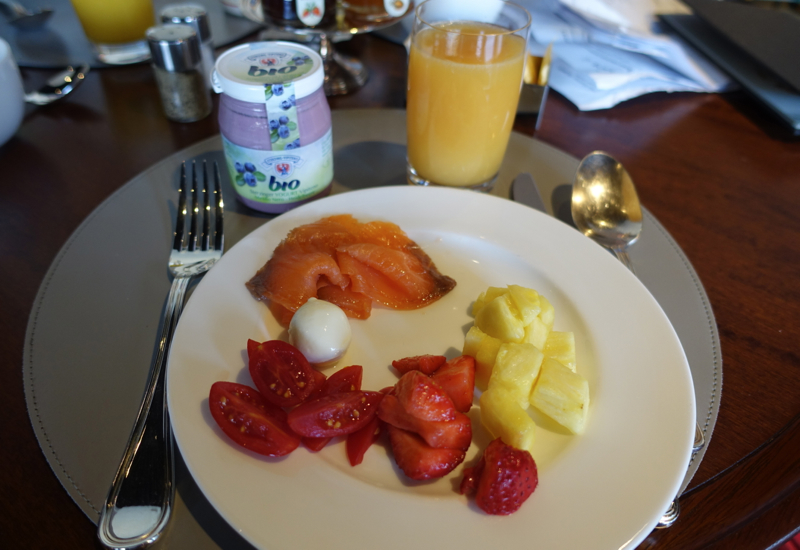 Portrait Firenze Breakfast Review-Organic Yogurt, Fresh Squeezed Juice, Smoked Salmon, Fresh Fruit and Cheeses