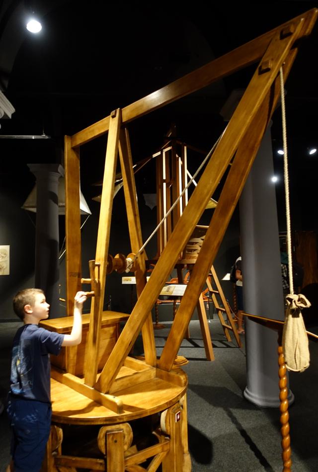 Revolving Crane, Leonardo da Vinci Museum, Florence
