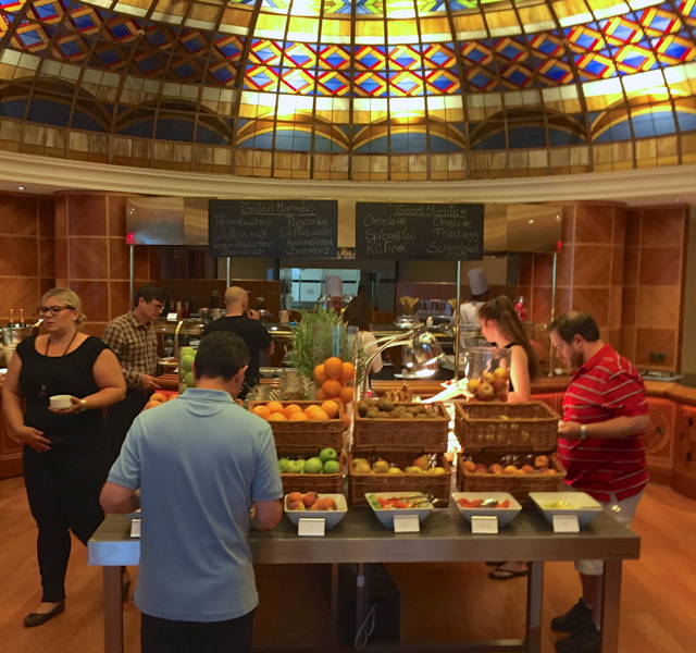 Review: InterContinental Berlin-Breakfast Buffet at L.A. Cafe