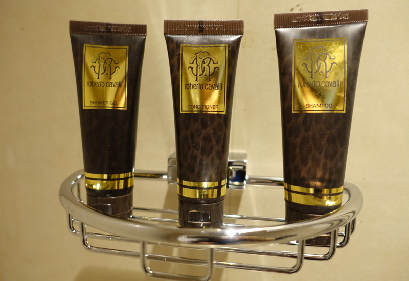 Review: Four Seasons Moscow: Roberto Cavalli Custom Bath Products
