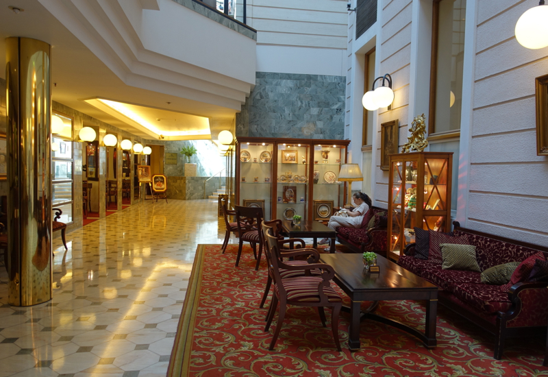 Review-Belmond Grand Hotel Europe-Lobby Seating