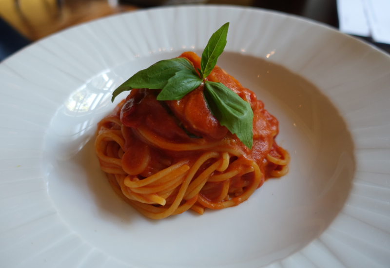 Kids' Spaghetti with Tomato Sauce and Basil, Percorso