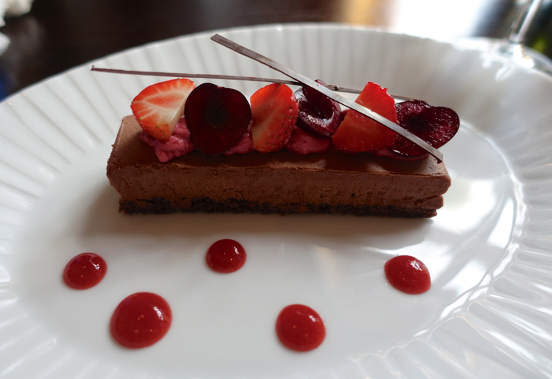 Chocolate Mousse Dessert with Berries, Percorso
