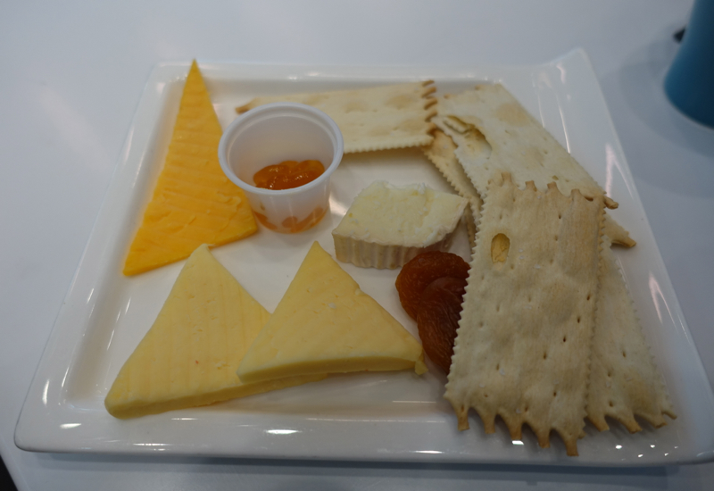 Murray's Cheese Plate, Airspace Lounge JFK Terminal 5 Review