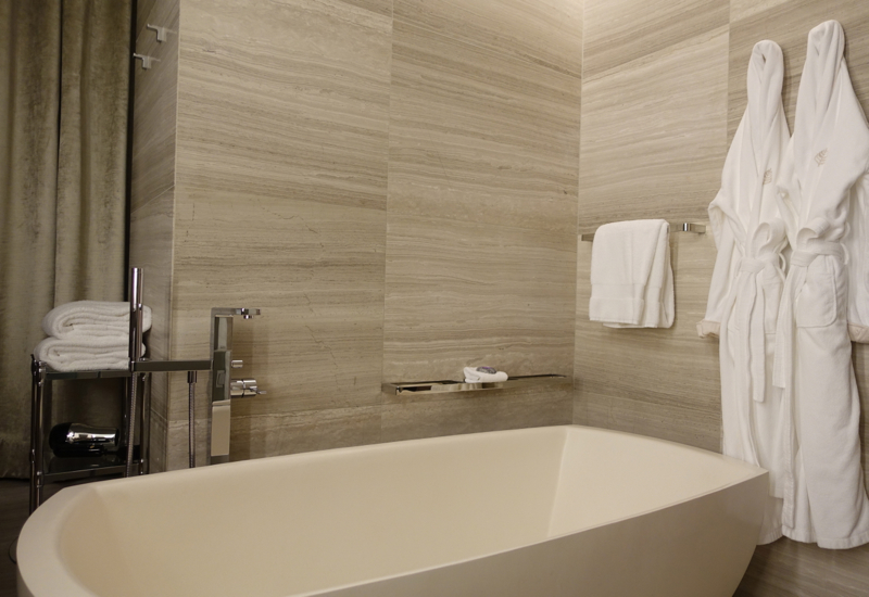 Four Seasons Toronto Review-Bathtub