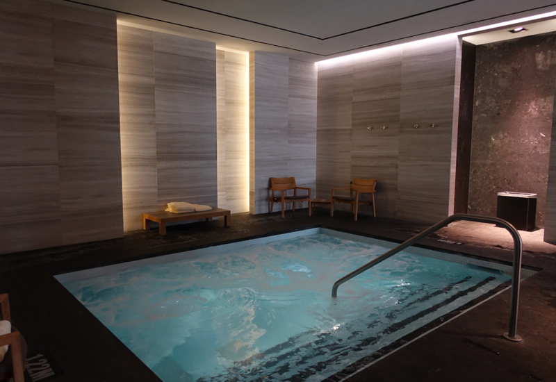 Four Seasons Toronto Review-Jacuzzi Whirlpool