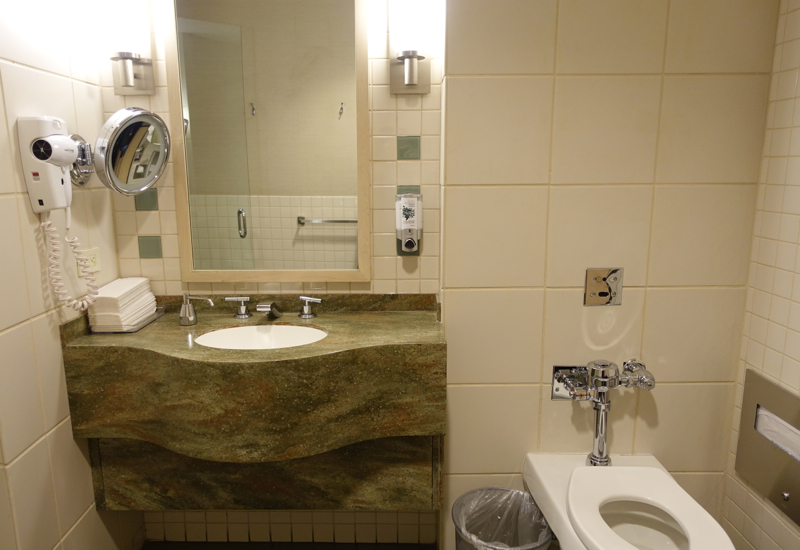 Shower Room, AA Admirals Club Lounge Review-JFK Terminal 8