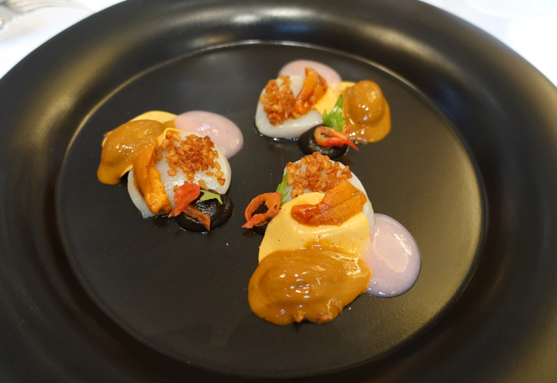 Scallops, Litchi and Sea Urchin Appetizer, Le Cinq Restaurant Review