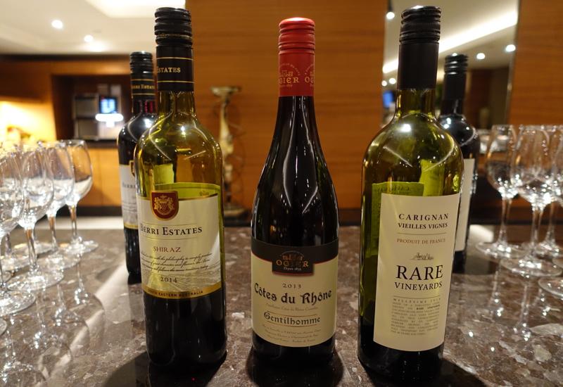 Club Lounge Wines, Sofitel London Heathrow Review