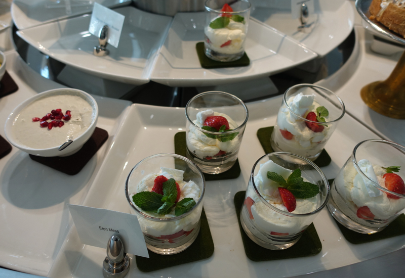 Eton Mess Dessert, Emirates Lounge Review LHR T3