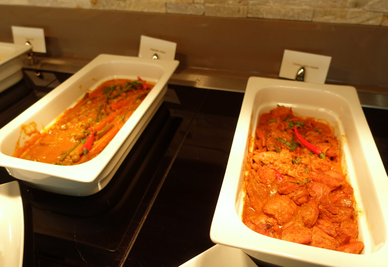 Chicken Tikka Masala, Emirates Lounge Review, LHR T3