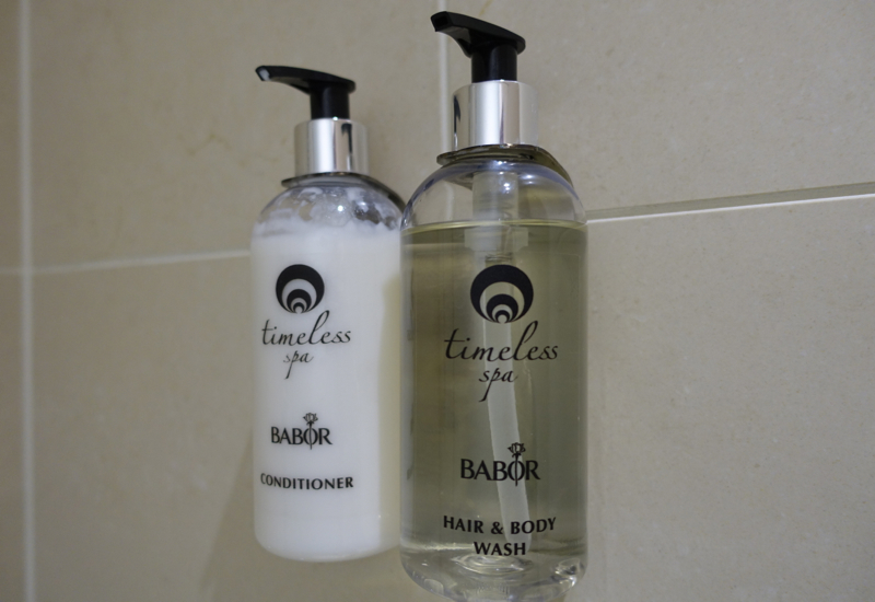 Timeless Spa Shampoo and Conditioner, Emirates Lounge Shower