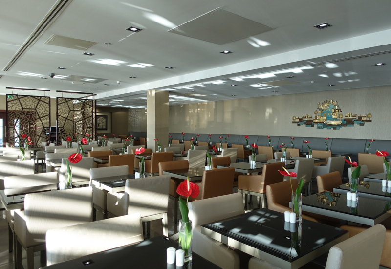 Review: Emirates Lounge LHR T3-Tightly Packed Seating