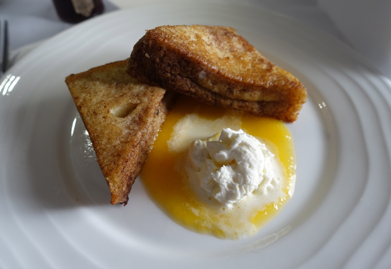 French Toast with Peach Sauce and Mascarpone, Emirates A380 First Class Review