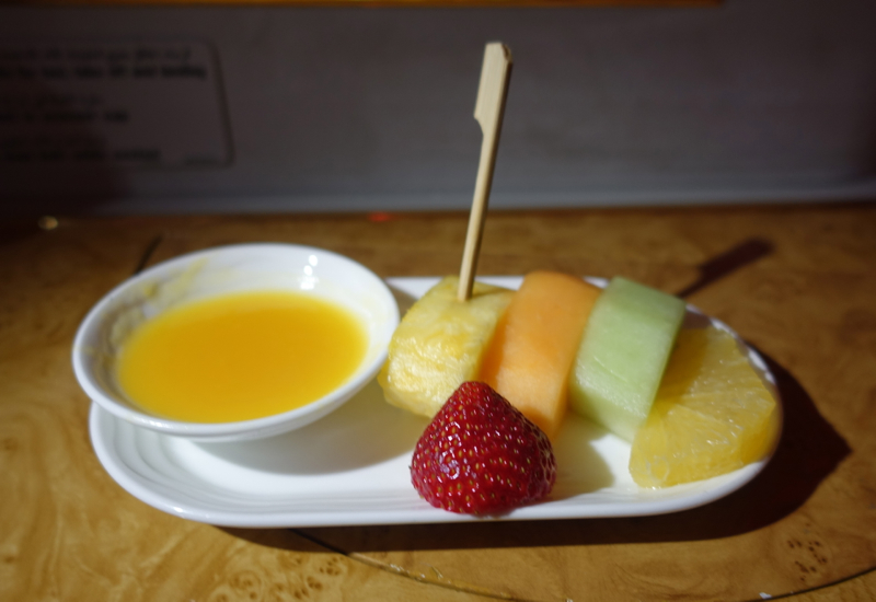 Review-Emirates A380 First Class-Fruit Plate