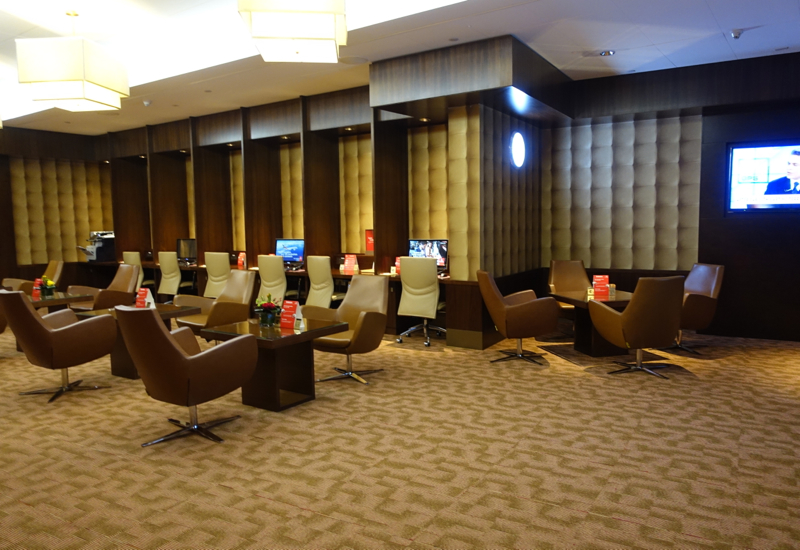 Review: Emirates First Class Lounge, Dubai DXB