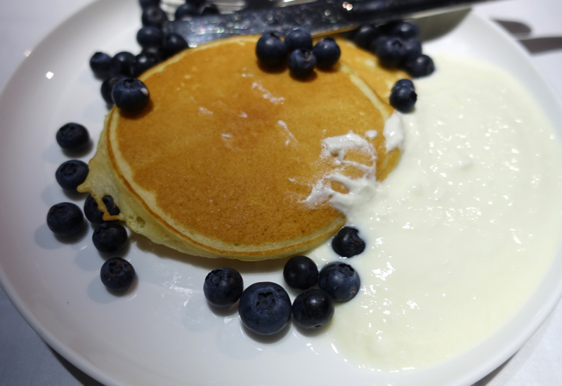 Buttermilk Pancakes with Blueberries and Honey Yogurt, Qantas First Class Review A380