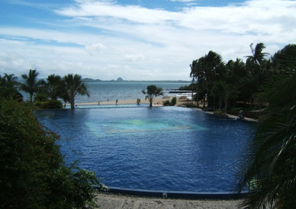 Pool and Beach, Pueblo Por La Playa, Quezon