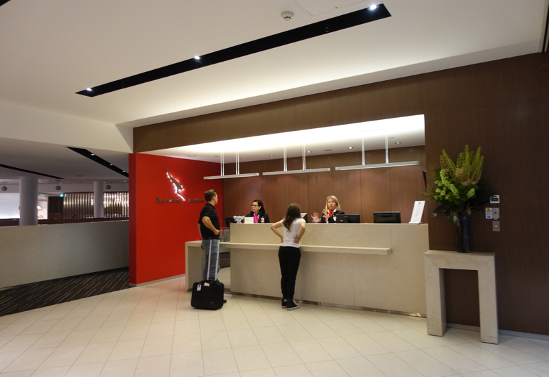 Reception, Qantas International Business Class Lounge, Melbourne Review