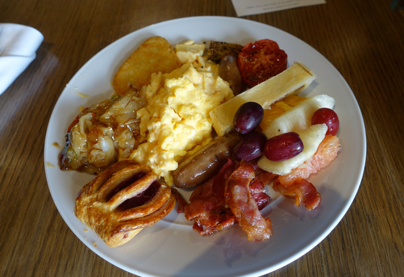 My Breakfast at Cafe Mix, Shangri-La Sydney Review