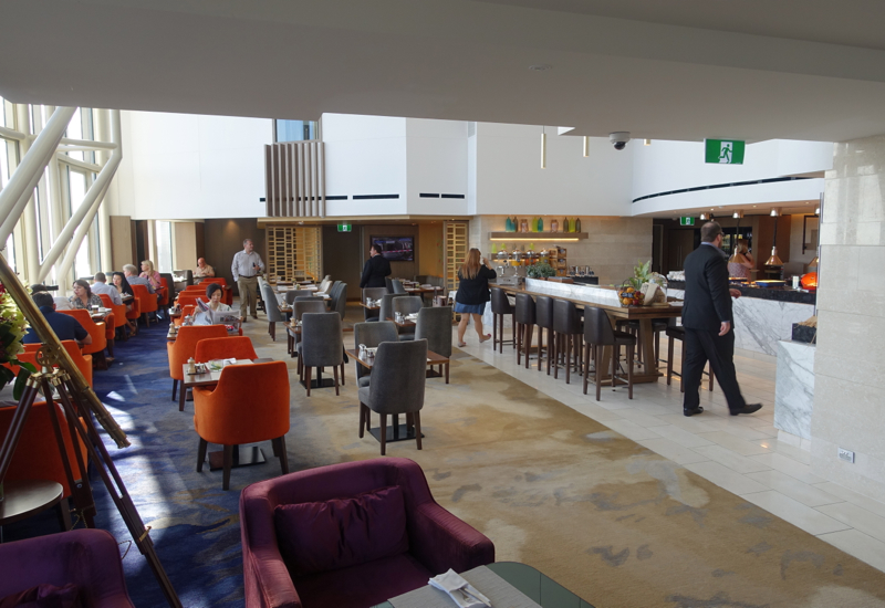 Horizon Club Lounge Seating, Shangri-La Sydney Review