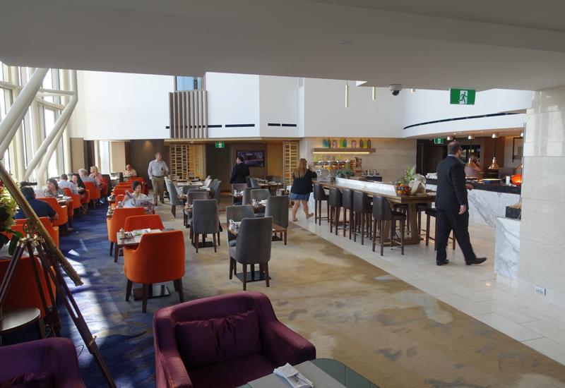 Horizon Club Lounge Seating, Shangri-La Sydney Review