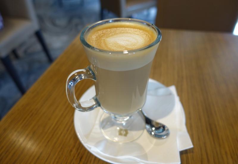 Latte, Cafe Mix, Shangri-La Sydney Review