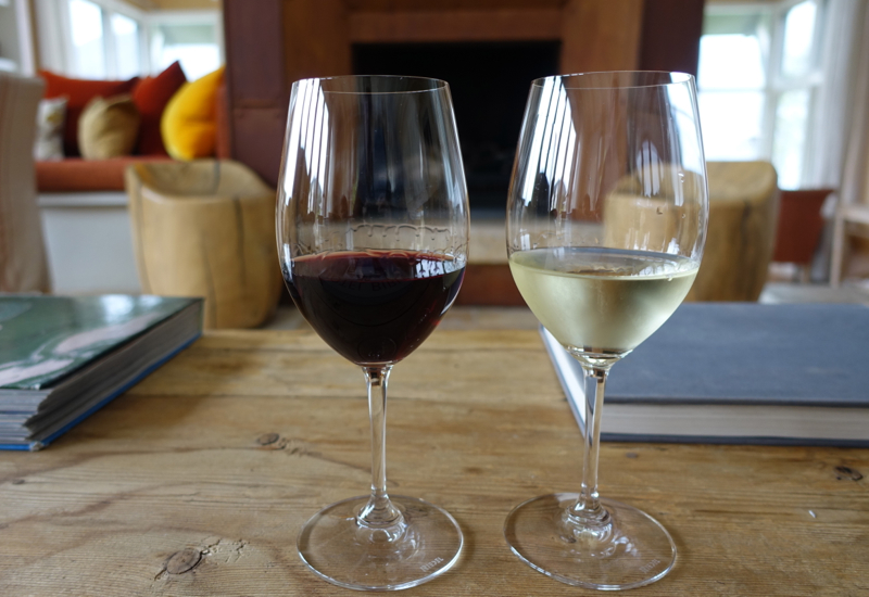 Welcome Glasses of Wine, Matakauri Lodge Review, Queenstown New Zealand