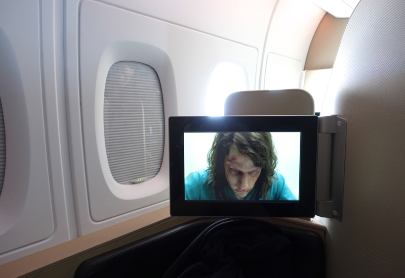 Review: Qantas First Class A380: Glare When Watching IFE