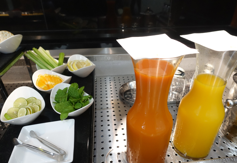 Juices, Etihad Arrivals Lounge Abu Dhabi Review