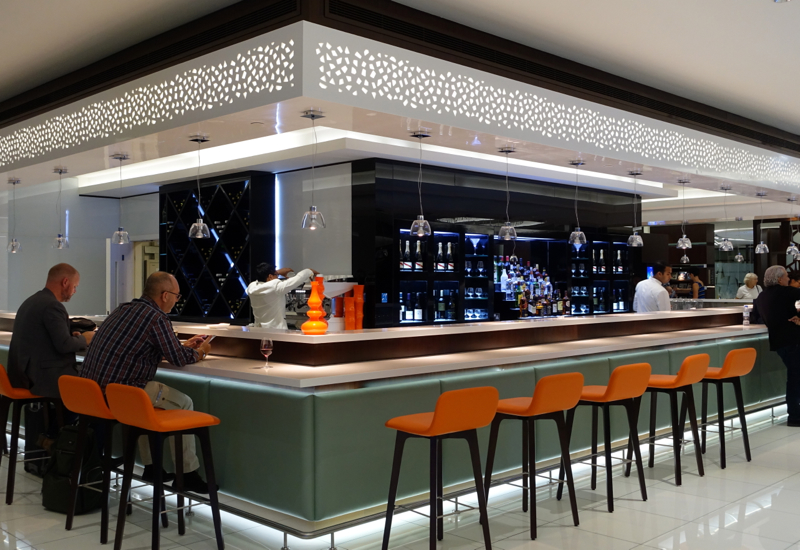 Bar, Etihad Premium Lounge Abu Dhabi Review