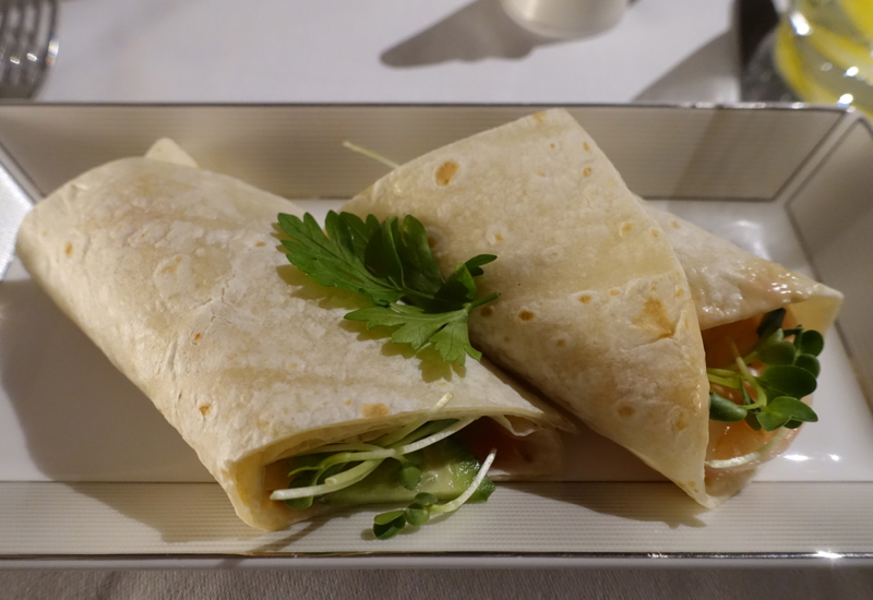 Prawn Tortilla Wrap, Etihad First Apartment A380 Review