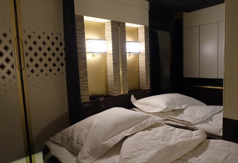 Review: Etihad First Class Apartment A380