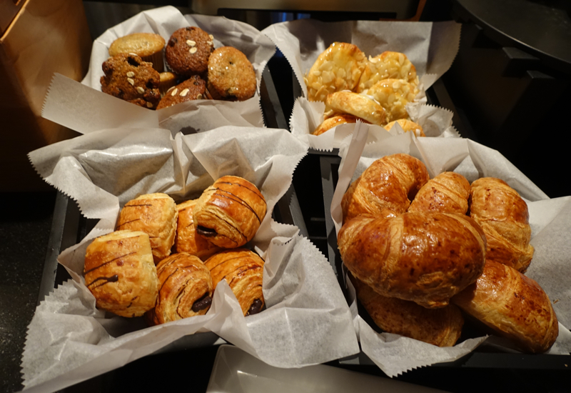 Breakfast Pastries, Ritz-Carlton Boston Club Lounge Review