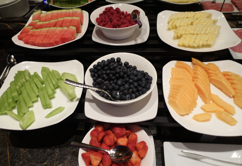 Fresh Fruit and Berries, Club Lounge, Ritz-Carlton Boston Review