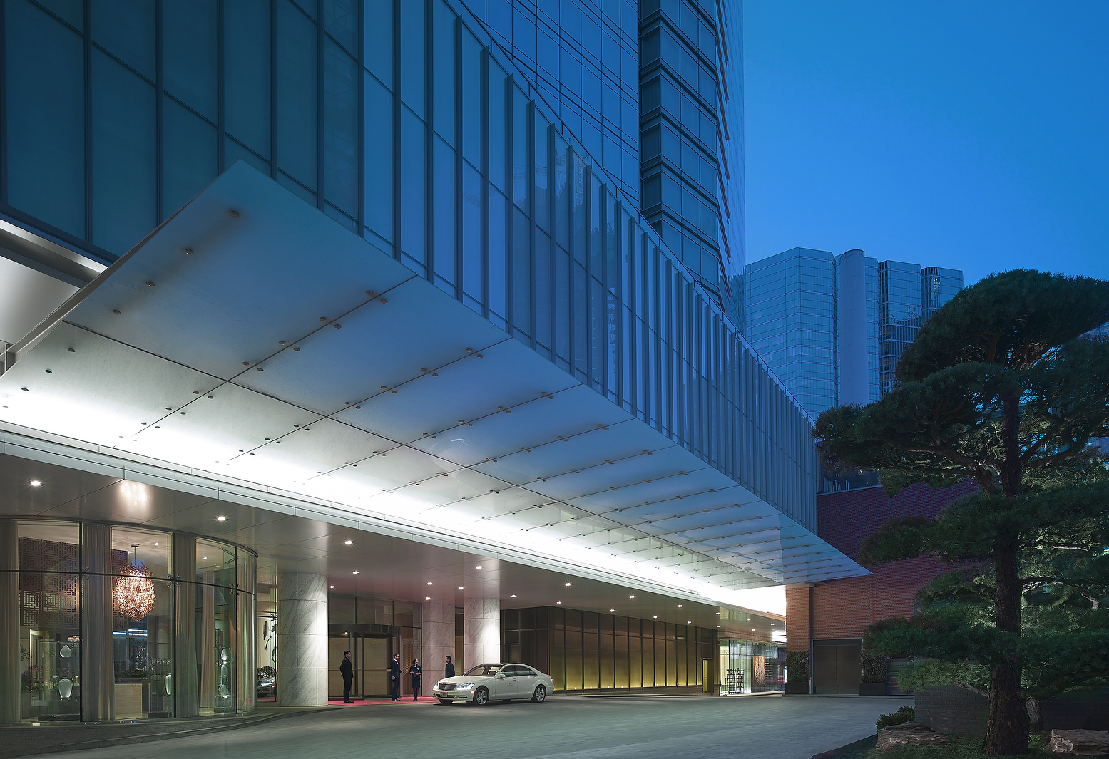 Shangri-La Hotel Toronto Review